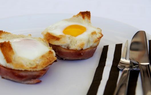 Frukostknyte Ägg/Bröd/Bacon ...